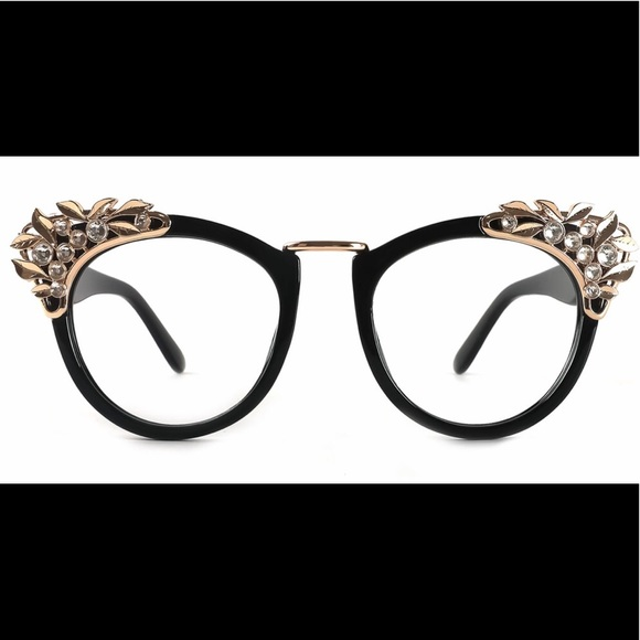 Accessories - COPY - Beautiful new glasses frames